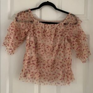 Floral Lace Ruffed Top.